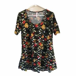 LuLa Roe Perfect T shirt Black Green & Red size XS